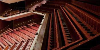 Helsingin Kaupunginteatteri, Suuri näyttämö
