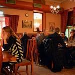 Kievari Kahdet Kasvot - Seurusteluravintola Tampereella