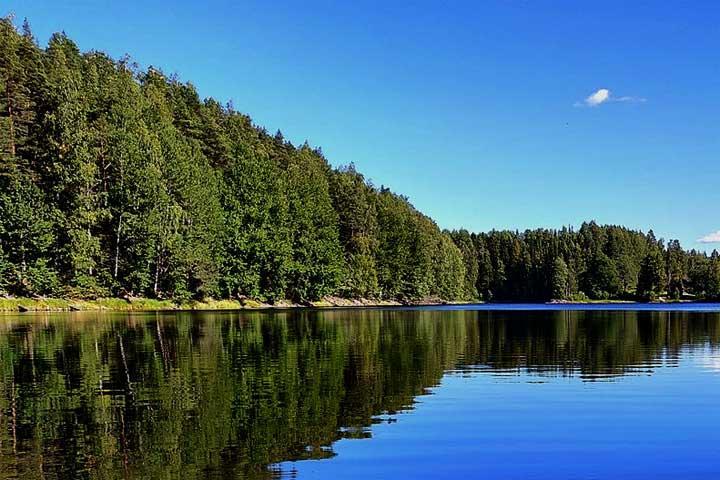 Pikku-Ahvenisto-järvi Ylöjärvellä