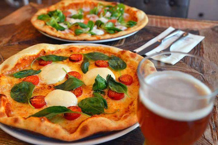 Pizza - Vaihmalan Hovi - Pirkanmaa