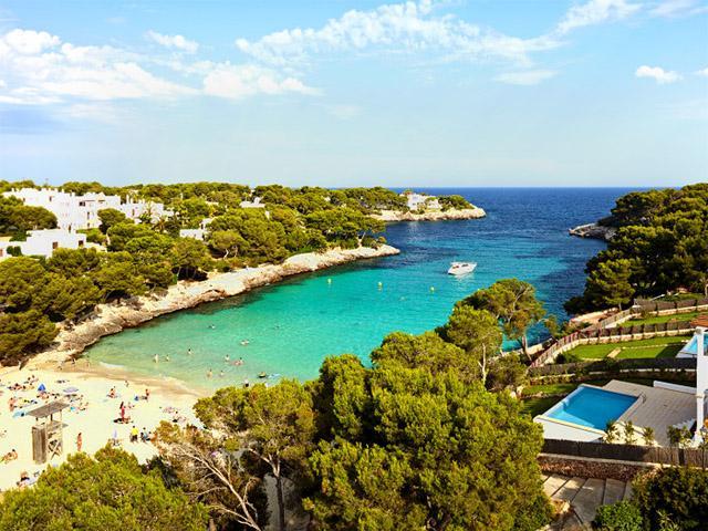 Cala d'Or -hiekkaranta Mallorcan kaakkoisrannikolla. Kuvaaja: Joakim Borén