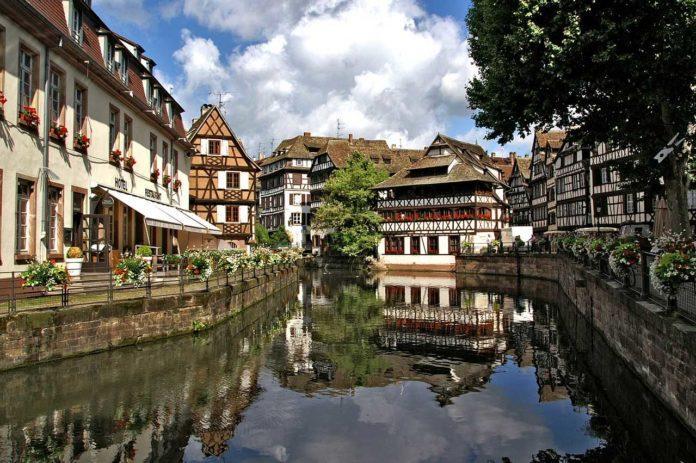 Vanhakaupunki Alsacessa Strasbourgissa